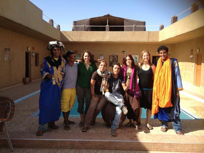 yoga-desierto-grupo-octubre-2013