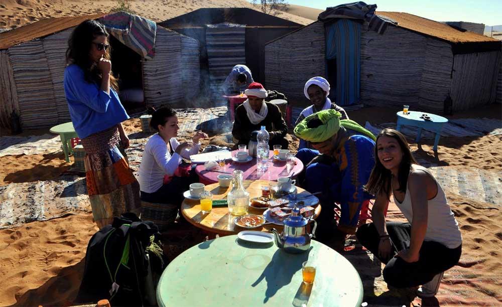 Vacaciones Verano en El Desierto - Retiros de Yoga en Marruecos