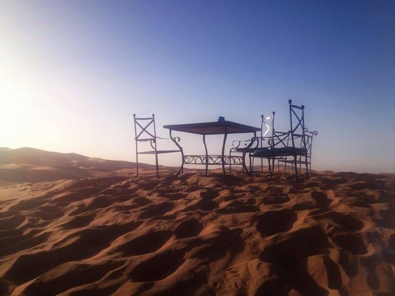 Jaimas en el Desierto Erg Chebbis