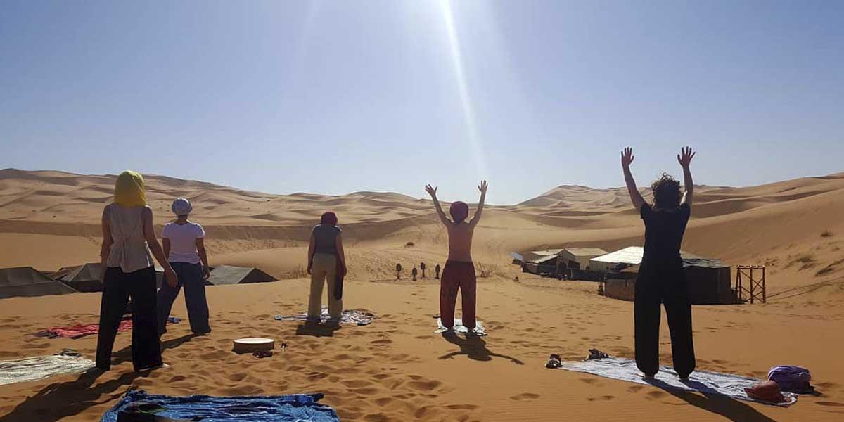 yoga-desierto-puente-ocubre
